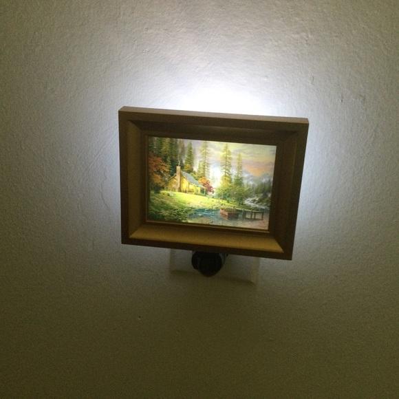 Thomas Kinkade Energy Efficient Led Night light